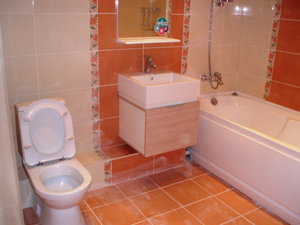 Фото ремонта ванных комнат совмещенных с туалетом