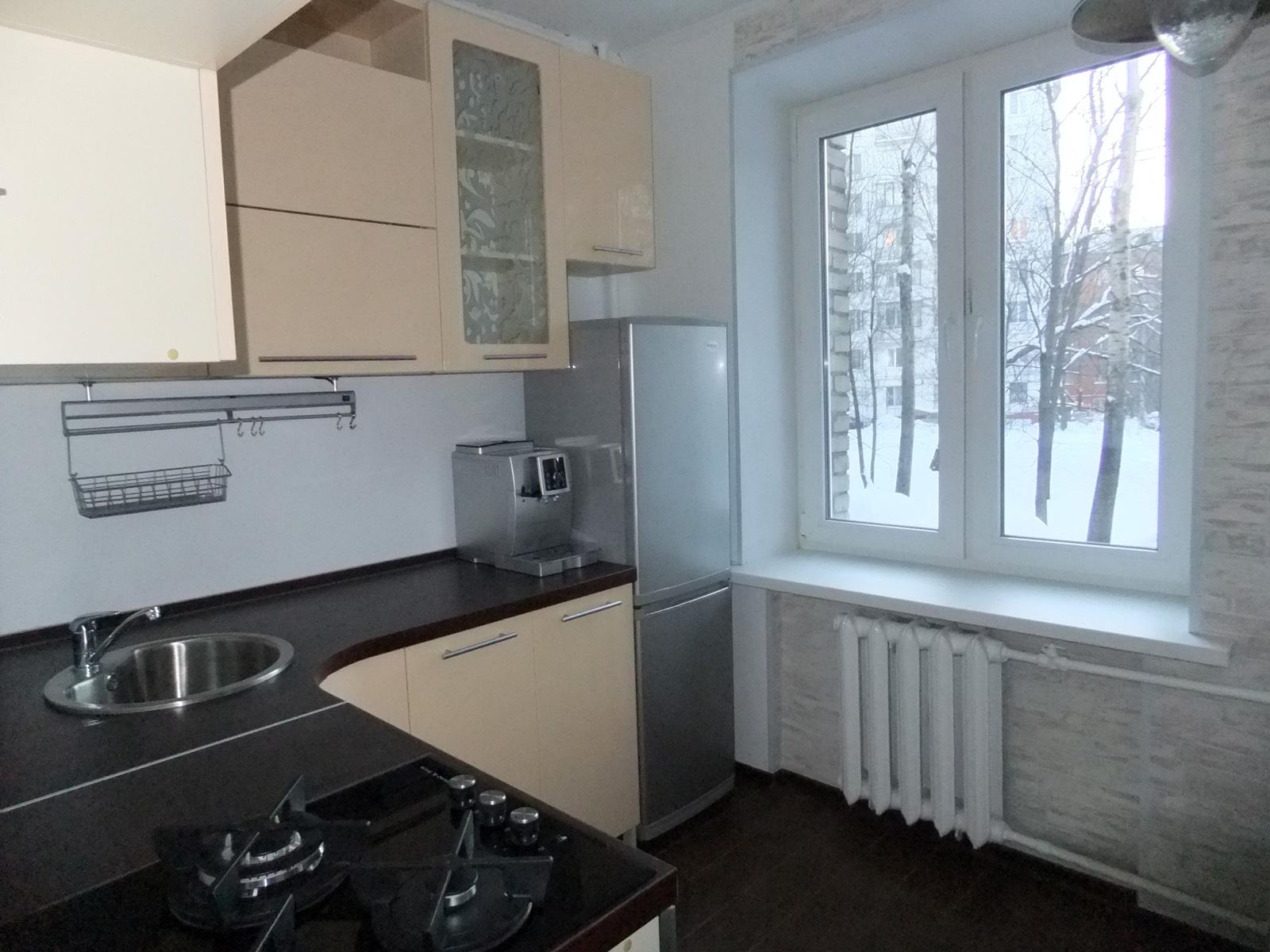 обои в кухни в хрущевке фото до и после 6 кв.м
